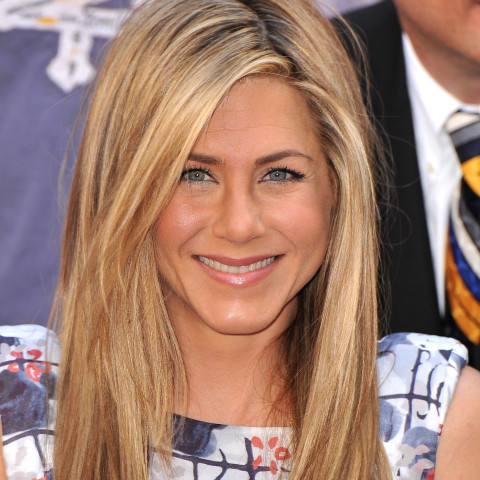 "For a simple, works-on-everyone style, try the look favored by Jennifer Aniston. ""The shortest layer should be 2 to 4 inches"