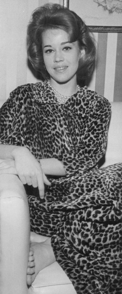 Clad in leopard print and pearls, the actress embodied the glamour of the late 1950s, edging towards a new decade with looser