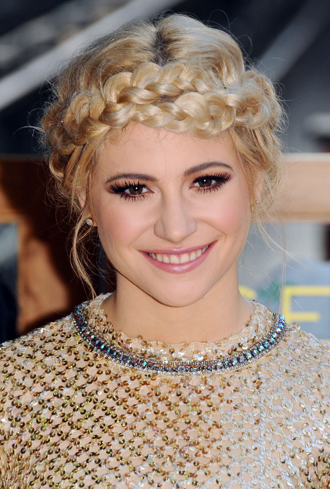 33 Messy Braid Hairstyles That Prove Perfection Is Overrated