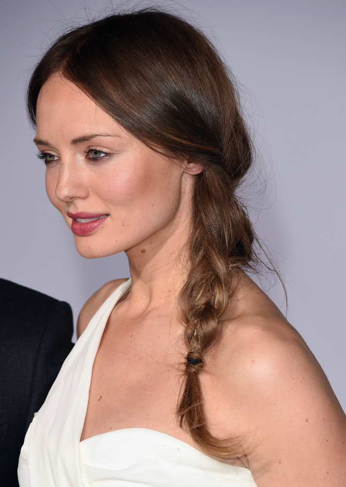 16 Side Braid Laura Haddock