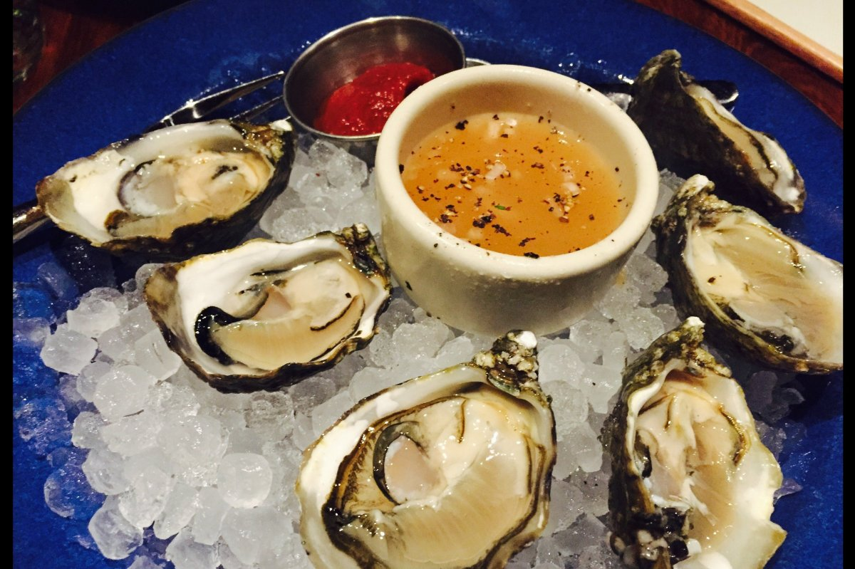 There are many reasons to visit Santa Monica Yacht Club, but chief among them is the fresh seafood. Start with the oysters, t