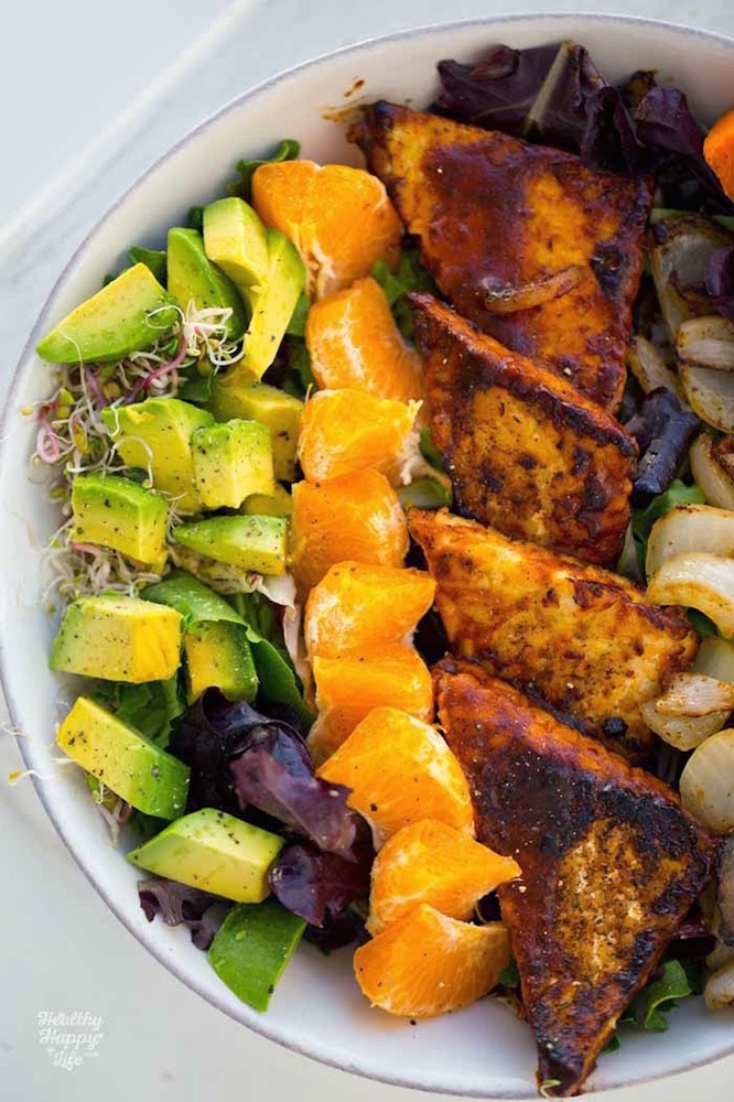 "<strong>Get the <a href=""http://kblog.lunchboxbunch.com/2015/05/bbq-tempeh-avocado-sweet-potato-bowl.html"" target=""_blank"">BB"