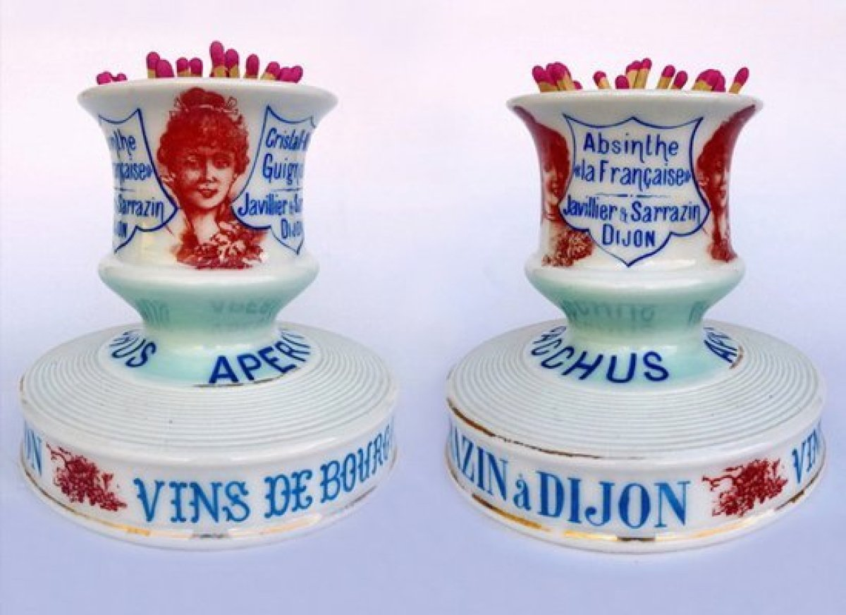 During the Belle Epoque, porcelain match strikers were found on nearly every bistro table. They held matches or cigarettes an