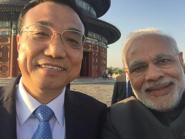 """It's selfie time! Thanks Premier Li."""