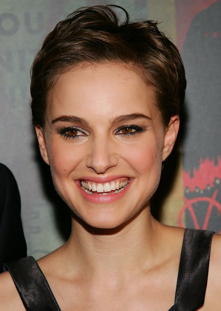 50 Of The Best Celebrity Short Haircuts For When You Need Some Pixie Inspiration Huffpost