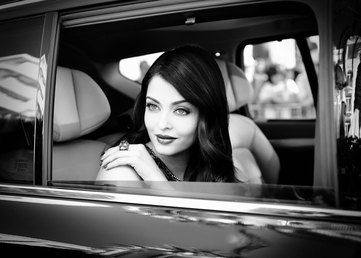 CANNES, FRANCE - MAY 17:  (EDITOR'S NOTE: This image has been converted to black and white.) Aishwarya Rai departs the Martin
