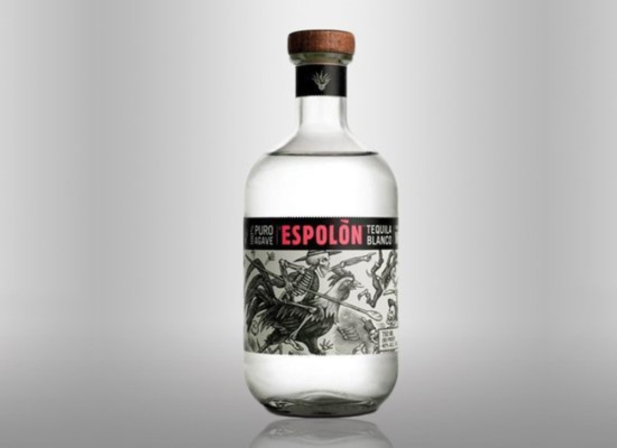 With a hint of spice and a soft edge—not to mention a price tag that's well below many of its equals—Espolón Blanco Tequila i