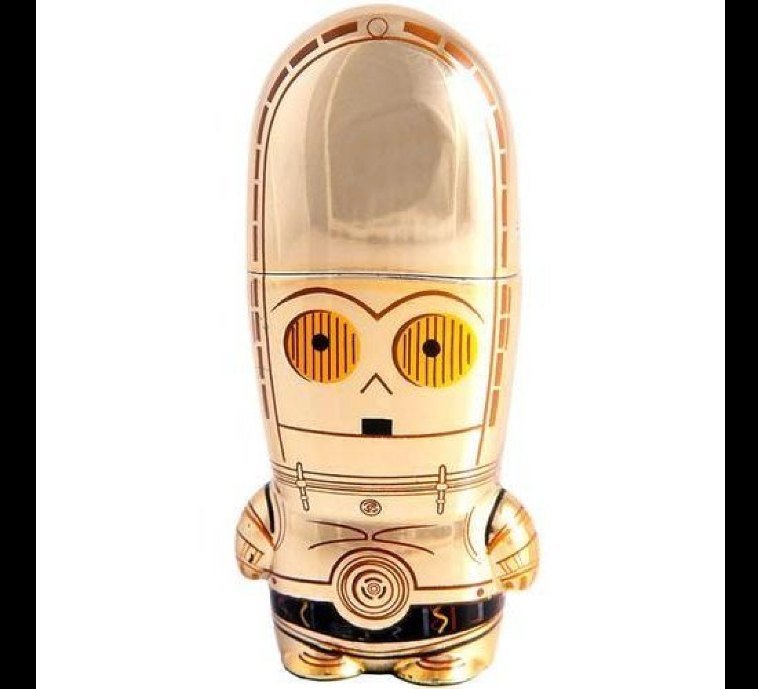 """This adorably designed <a href=""""https://www.mimoco.com/mimobot/c-3po-mimobot """" target=""""_hplink""""><strong>C-3PO MIMOBOT</strong"""