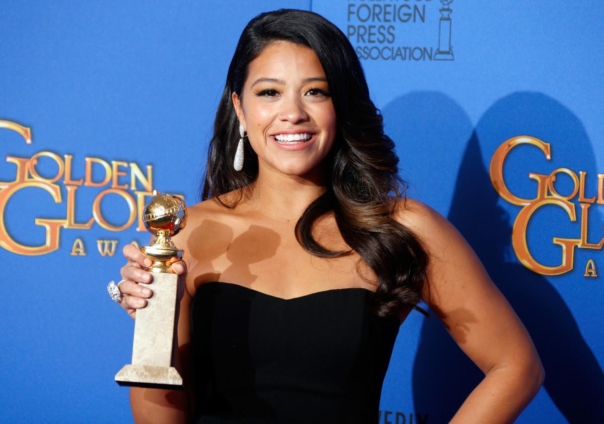 """A vencedora do Globo de Ouro disse ao<a href=""""http://www.huffingtonpost.com/2015/04/21/gina-rodriguez-body-image_n_7104118.ht"""