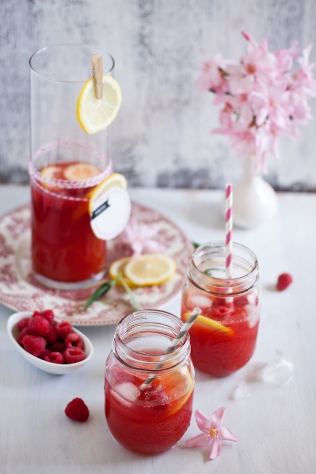 "<strong>Get the <a href=""http://www.playfulcooking.com/beverage/raspberry-lemon-iced-tea/"" target=""_blank"">Raspberry Lemon Ic"