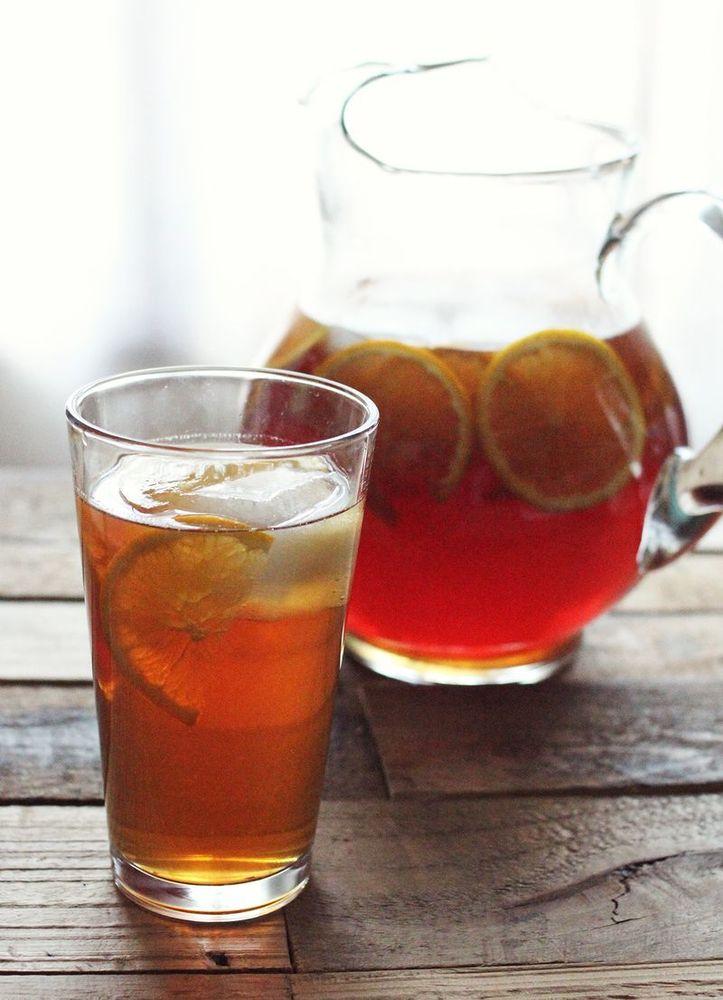 "<strong>Get the <a href=""http://www.abeautifulmess.com/2013/07/honey-orange-sweet-tea.html"" target=""_blank"">Honey & Orange Sw"