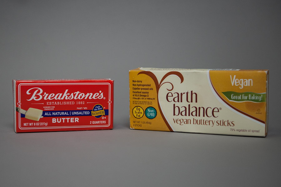 <strong>THE ORIGINAL</strong><strong>Breakstone's All Natural Unsalted Butter</strong><strong>Ingredients:</strong> Cream, na