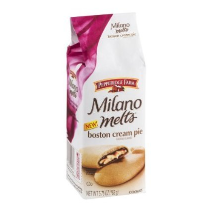 A disgrace to the whole Pepperidge Farm cookie community. And we're not even going to mention the Vanilla Creme flavor.