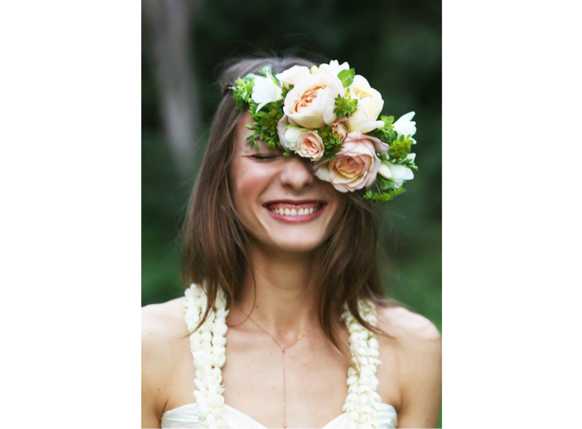 How to make diy flower crowns because they arent just for brides besides the few obvious rules dont leave awkward gaps face the izmirmasajfo Images