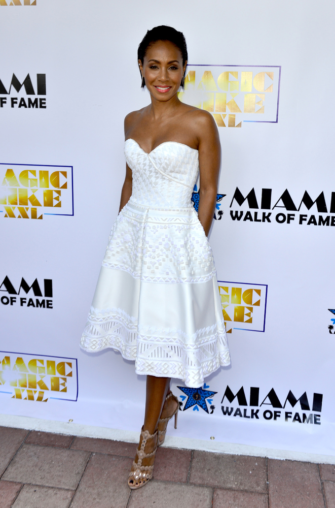 <strong>Jada Pinkett Smith in Ermanno Scervino:</strong> Smith is the picture of summertime chic. Her clean, white dress is a
