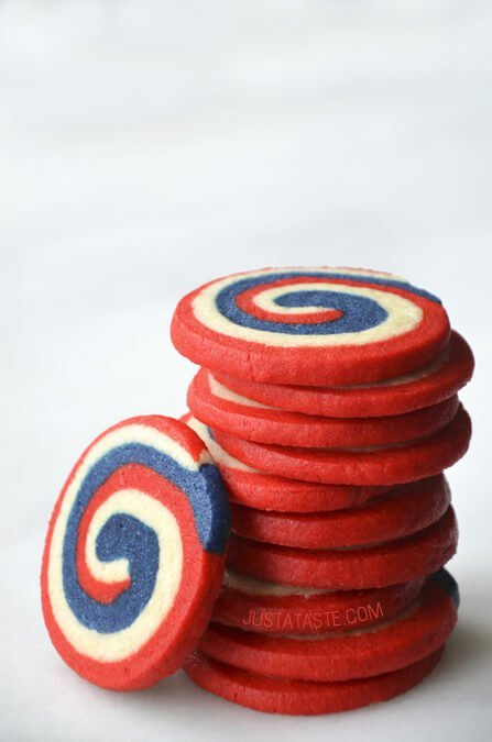 "<strong>Get the <a href=""http://www.justataste.com/july-4-dessert-pinwheel-icebox-cookies/"" target=""_blank"">Red, White And Bl"
