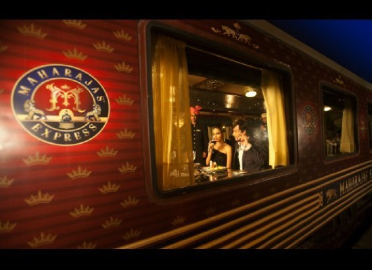 Cheapflights.com begins its quest for the ultimate in travel with a view in India. A world class luxury train, the Maharajas'