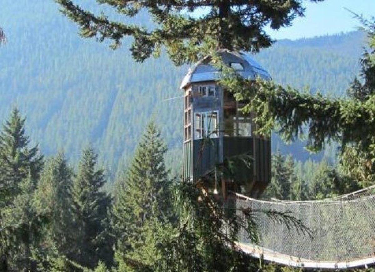 10 incredible tree house hotels in the us huffpost emcourtesy of cedar creek treehouseem where ashford sisterspd