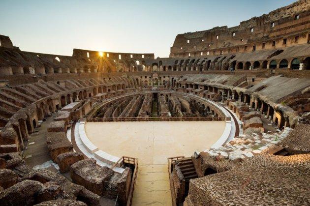 Este enorme anfiteatro de 50,000 asientos, es la vista más emocionante de Roma, y un monumento a la despiadada fuerza bruta q