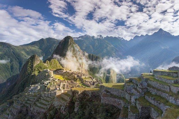 No es el exageradamente dramático escenario andino, ni la forma en que la ciudad se aferra a las laderas escarpadas lo que ha