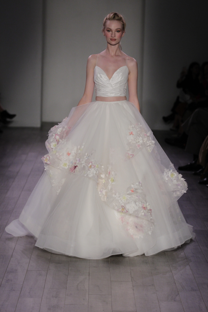 9 Wedding Gowns Inspired by Disney Princesses | HuffPost