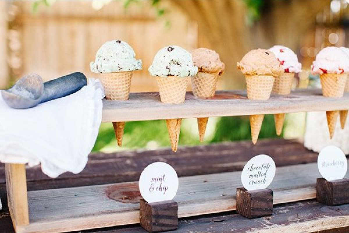 ice cream instead of wedding cake 25 wedding desserts that are far more exciting than cake 16230