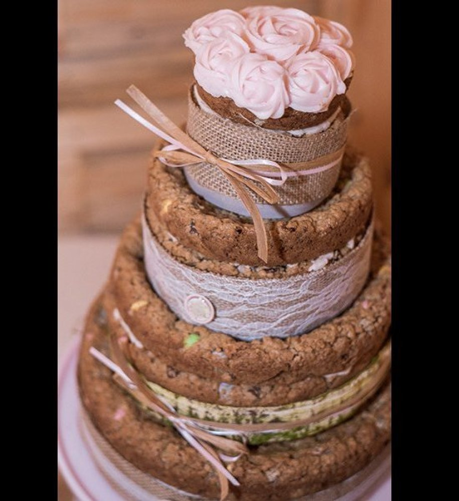 Traditional japanese wedding foods - 11 Cookie Tower