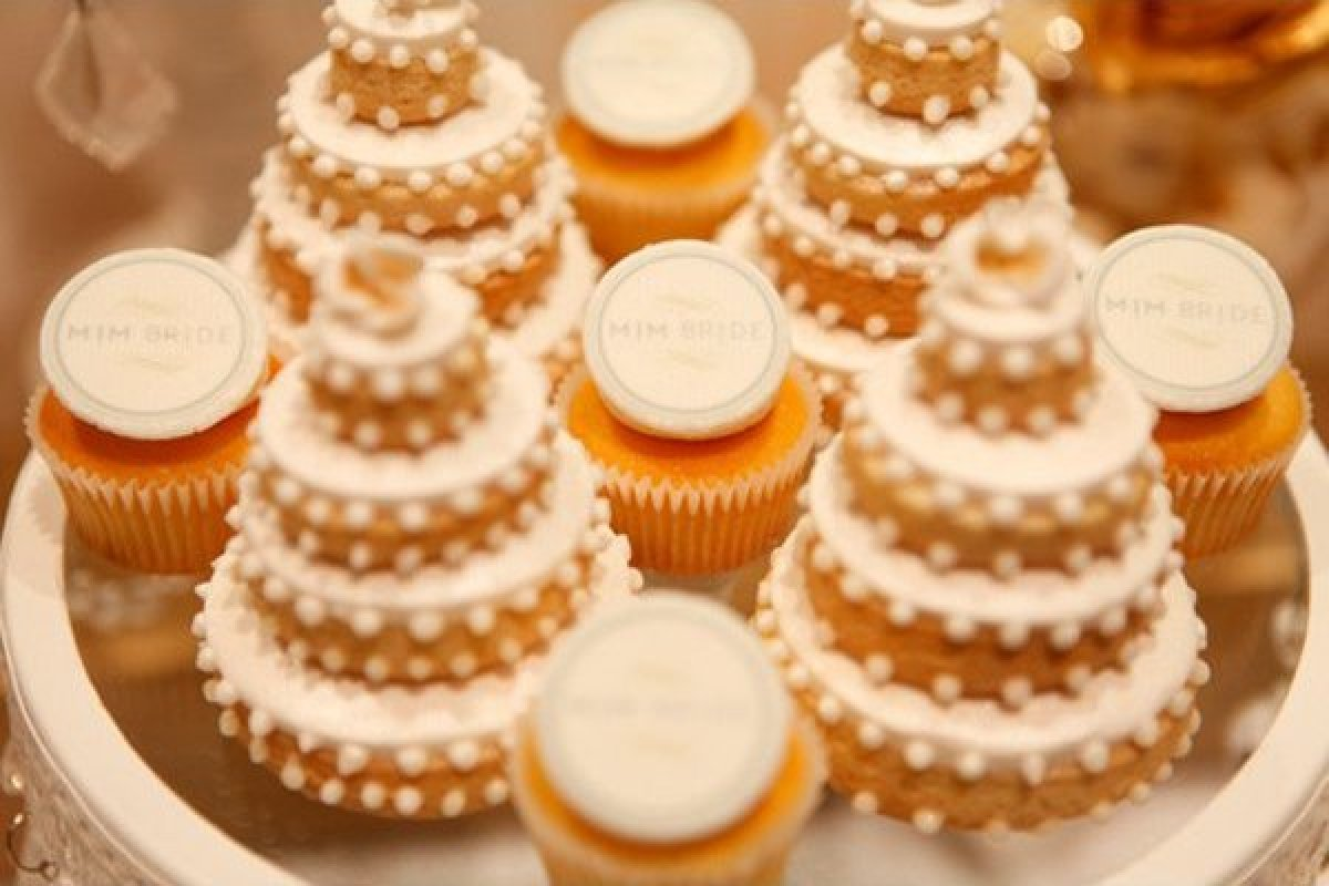 Wedding Desserts That Are Far More Exciting Than Cake HuffPost - Architectural designer creates desserts so satisfying eating them would be a crime