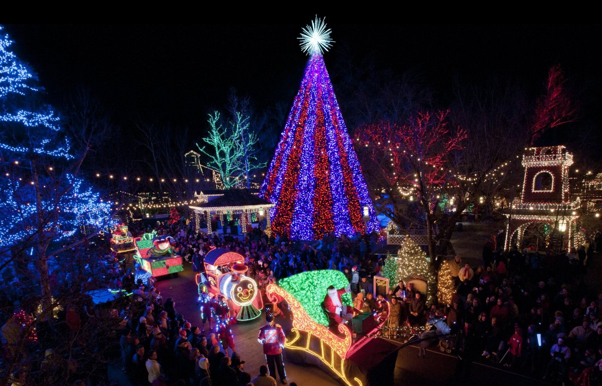 10 us towns with incredible christmas celebrations - Celebration Christmas Lights