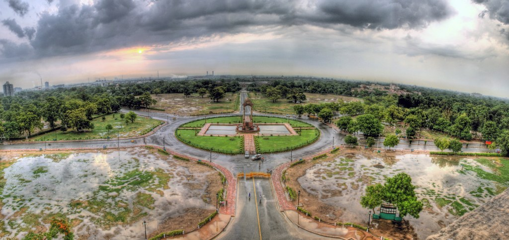 A panorama of Delhi shot from India Gate just after the rains.