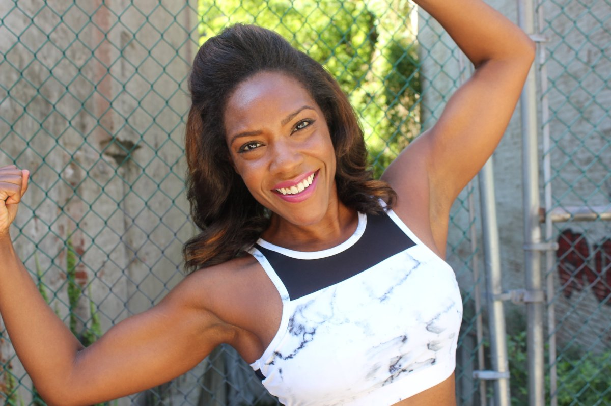"""Robbie is a fitness expert that I truly enjoy. Her website <a href=""""http://radexperience.com/"""" target=""""_hplink"""">Rad Experienc"""