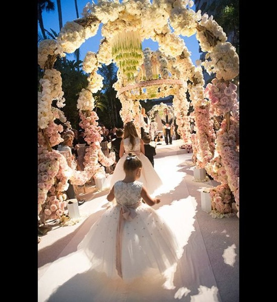Over The Top Wedding Ideas With Flowers Everywhere You Look Walking Down This Aisle Will Feel Like Into