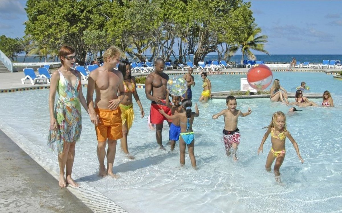 "<strong>See More of the <a href=""http://www.travelandleisure.com/slideshows/best-all-inclusive-family-resorts/8?xid=PS_huffpo"
