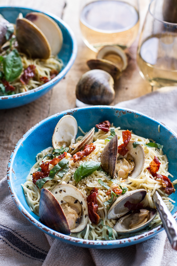 "<strong>Get the <a href=""http://www.halfbakedharvest.com/fresh-clam-pasta-creamy-white-basil-sauce-crispy-prosciutto/"" target"