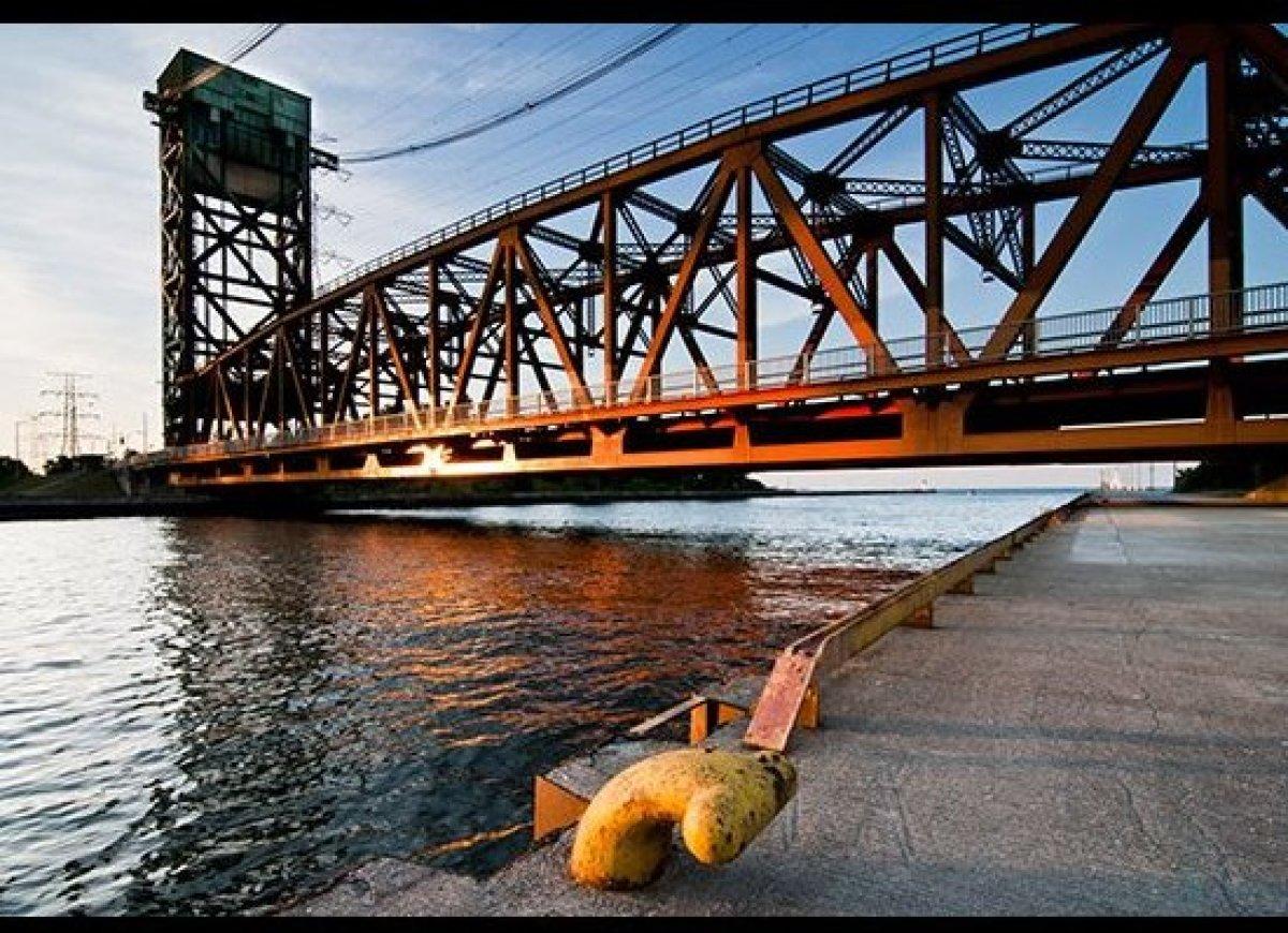 Hamilton bridge