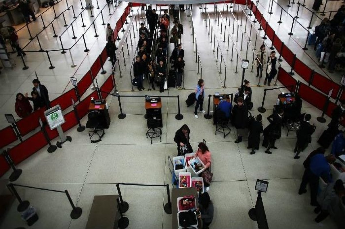 "The John F. Kennedy International Airport has by far one of the worst TSA checkpoints. According to <a href=""http://www.cntra"