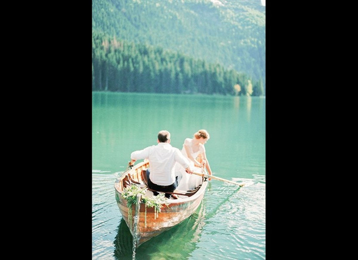 Taken in Monetengro's romantic countryside, this image surely rowed its way into our hearts. A glassy lake, lush mountains an