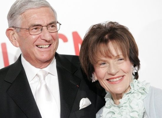 Billionaire businessman and real estate mogul Eli Broad and his wife, Edythe, have pledged to give away 75 percent of their f