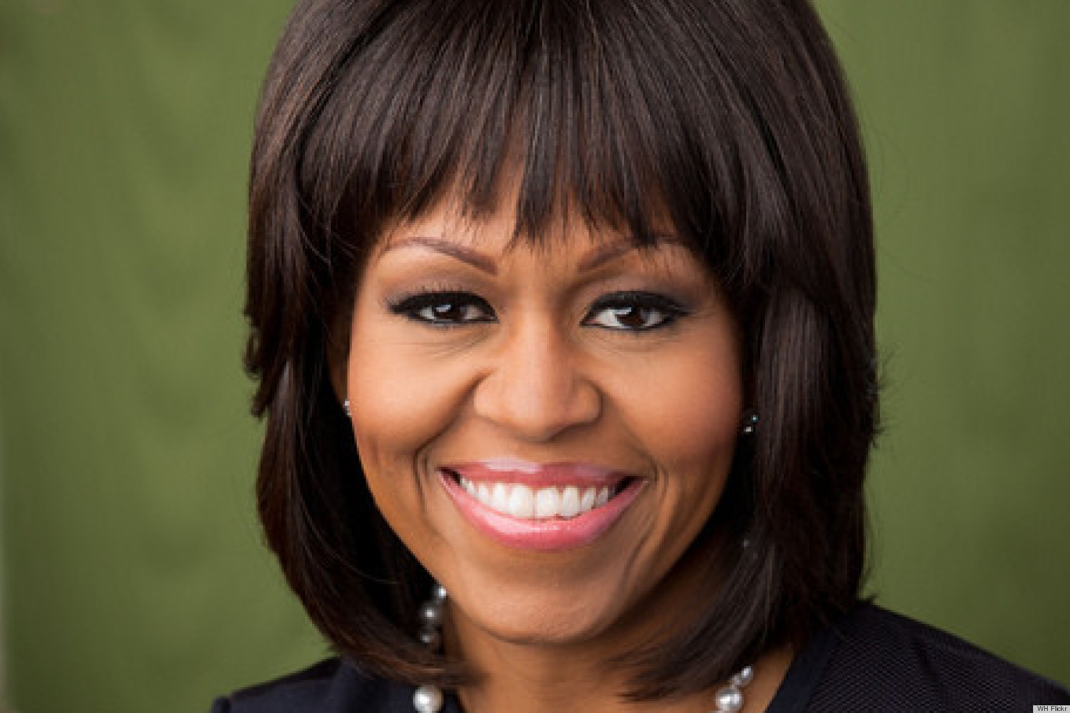 Michelle Obama S Portrait For 2013 Includes Bangs Photos