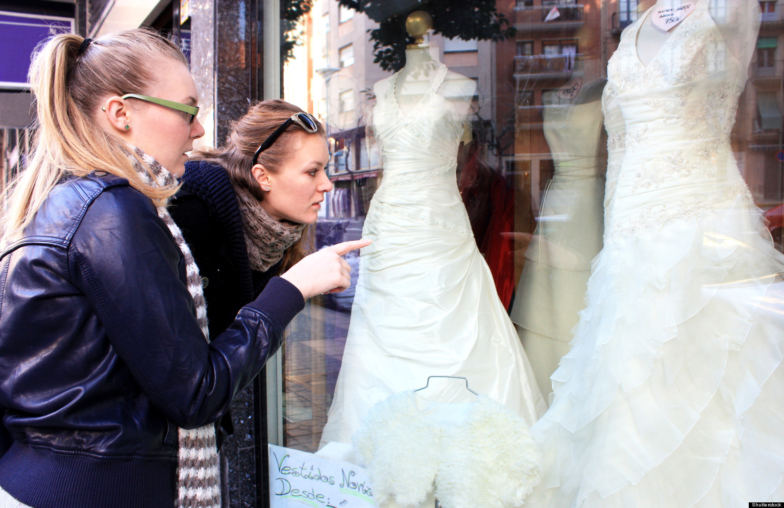 Wedding gown designers face copycat dresses made cheaply huffpost ombrellifo Gallery