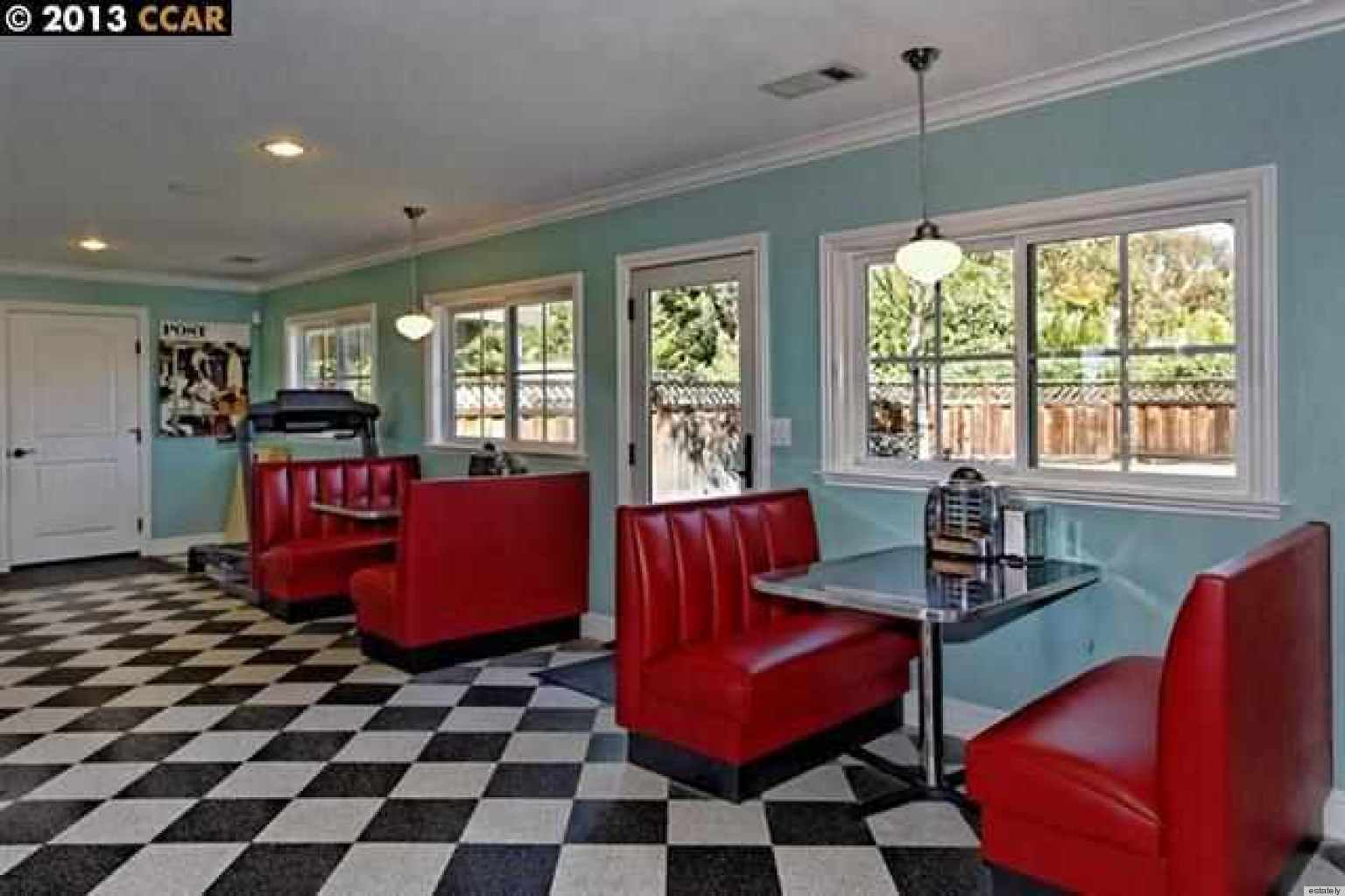 7 Homes For Sale With A 1950s Style Diner Inside Huffpost