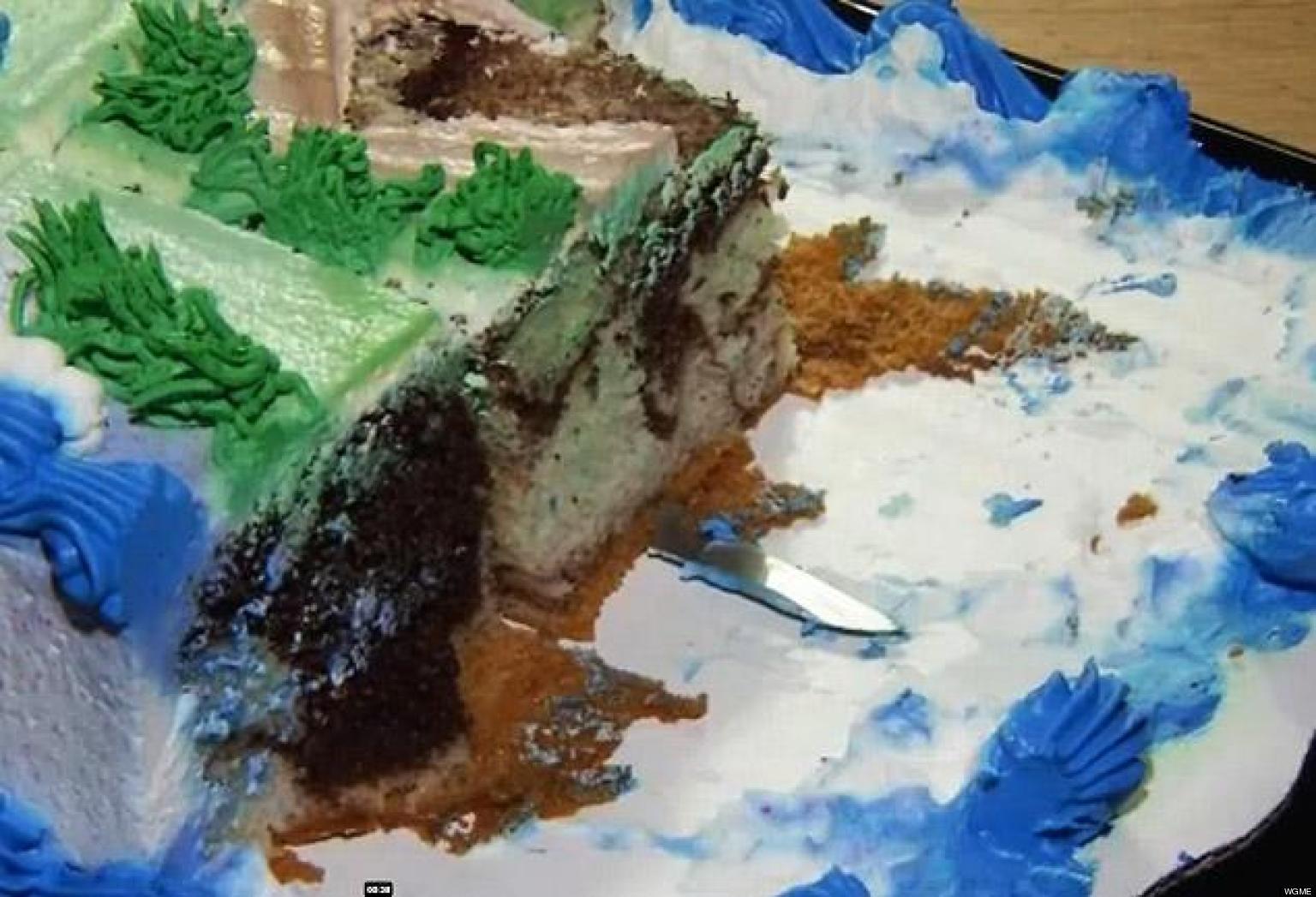 Knife In Walmart Cake Cayden Bibeau 2 Finds Weapon In His Elmo
