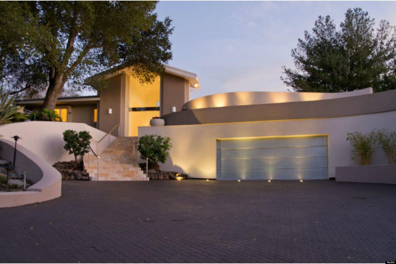 Steve Wozniak's Former Home Hits The Market (PHOTOS) | HuffPost on window house night, water house night, bathroom night, bedroom night, kitchen night, home house night, landscaping house night,