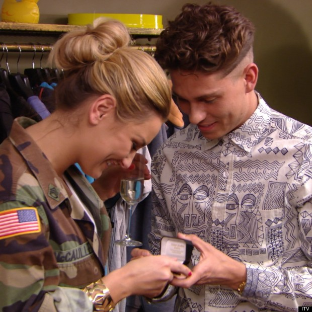 towie joey with gift box