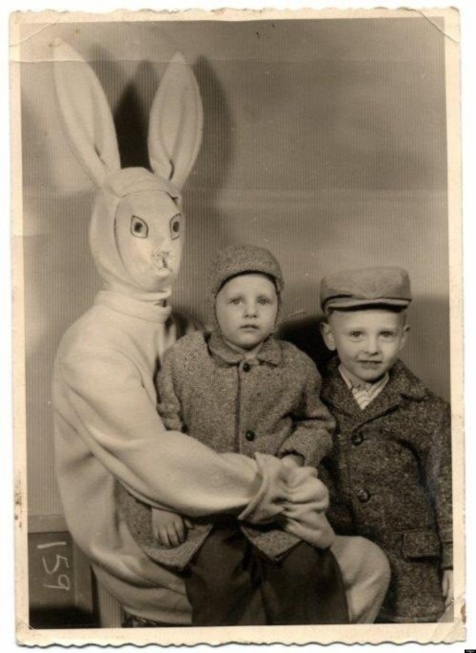 Creepy Vintage Easter Bunny Is The Stuff Of Nightmares PHOTO