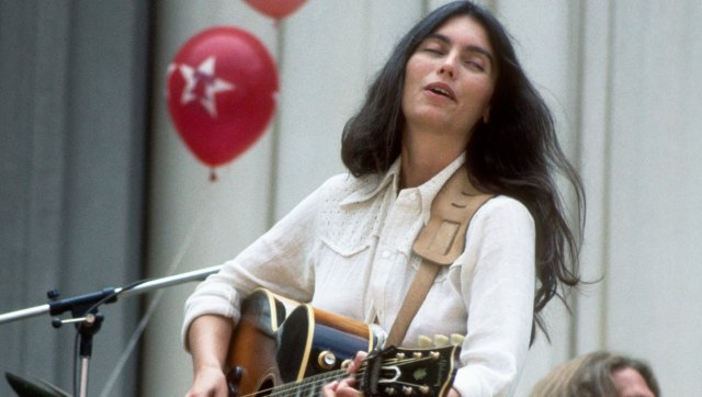Emmylou Harris Bohemian Look Has Never Gone Out Of Style