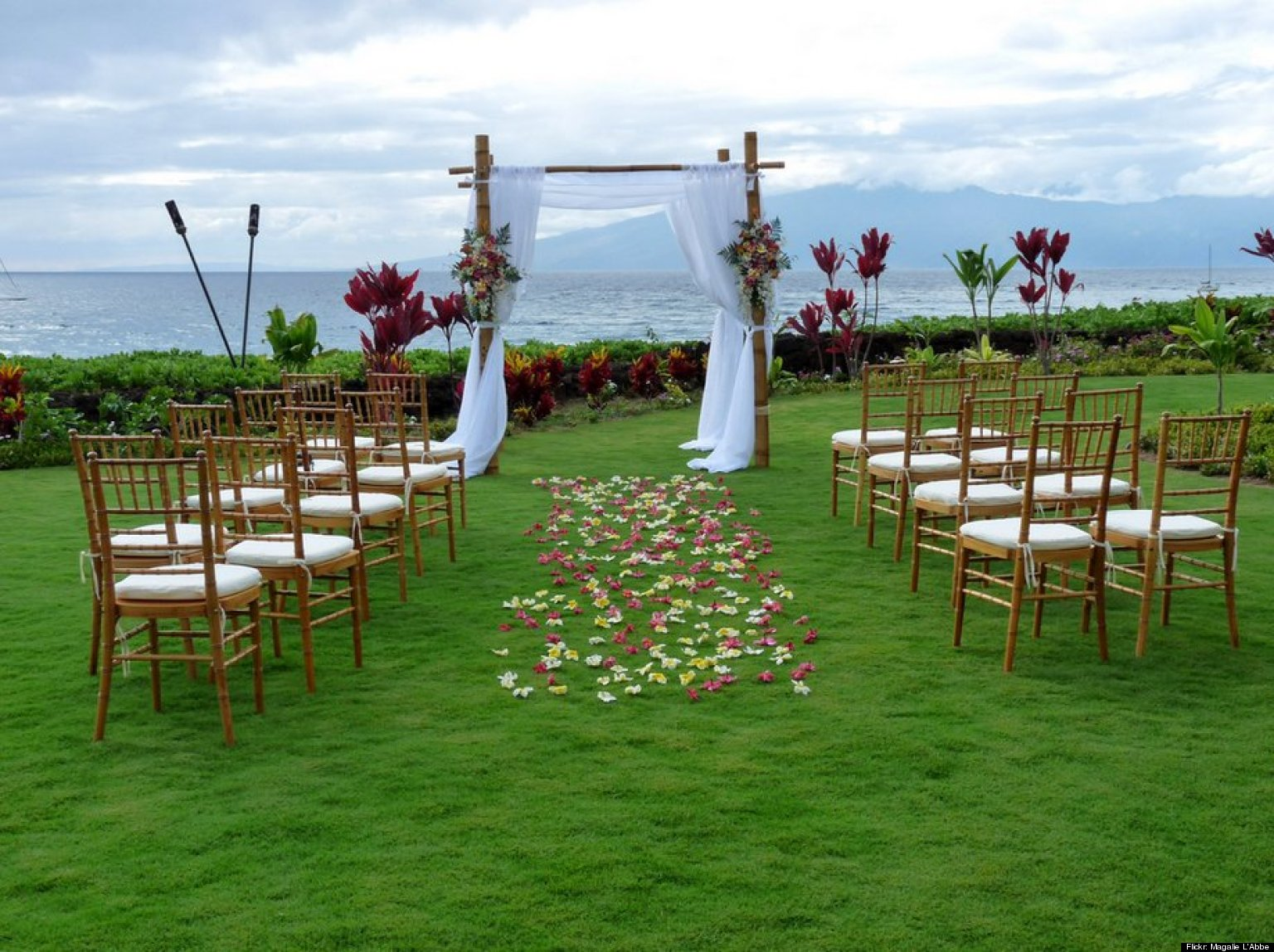 Destination weddings 10 relaxing resorts for a stress free destination weddings 10 relaxing resorts for a stress free celebration huffpost junglespirit Images