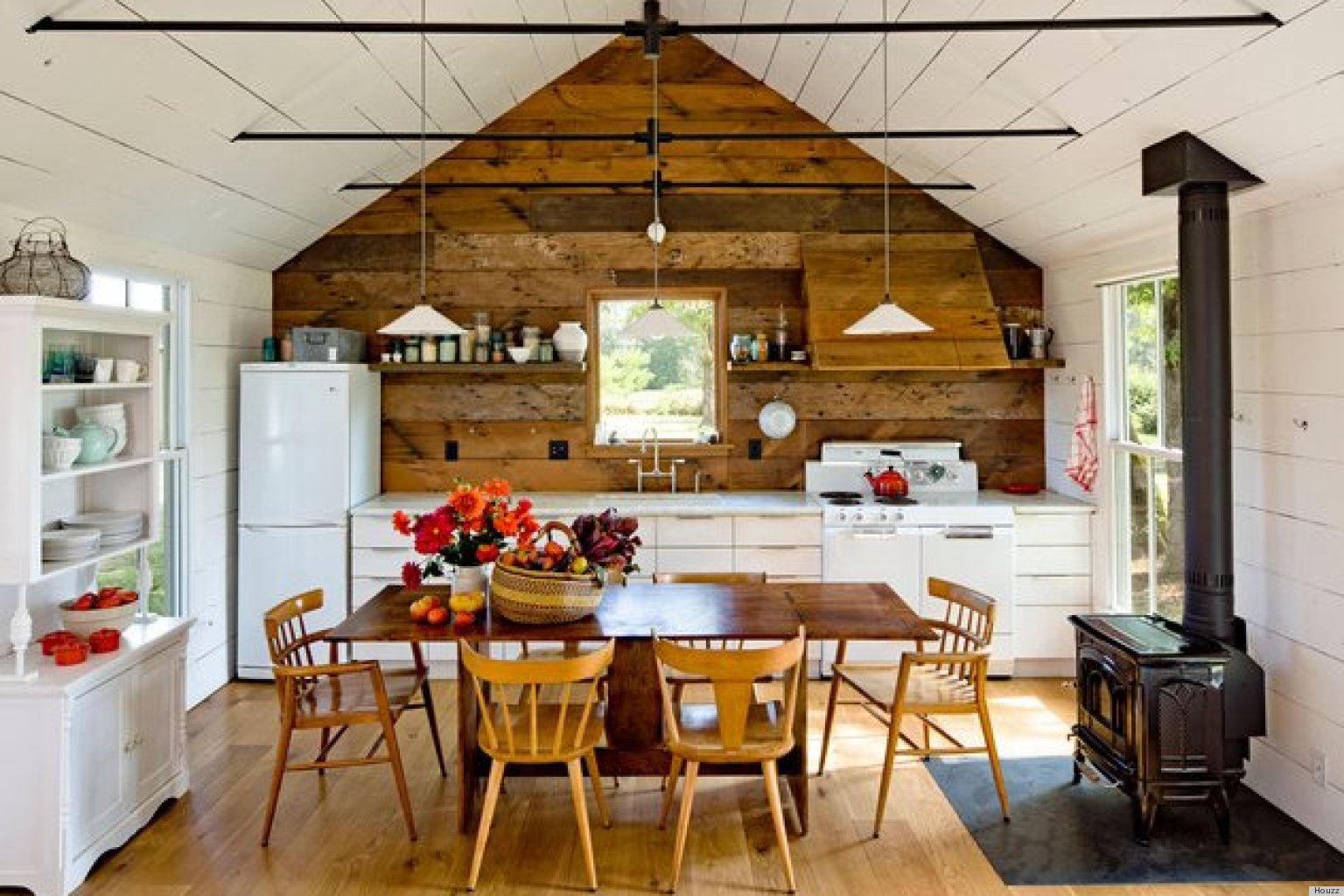 A Small Home For Four Has Us Reconsidering How Much Space We Really ...