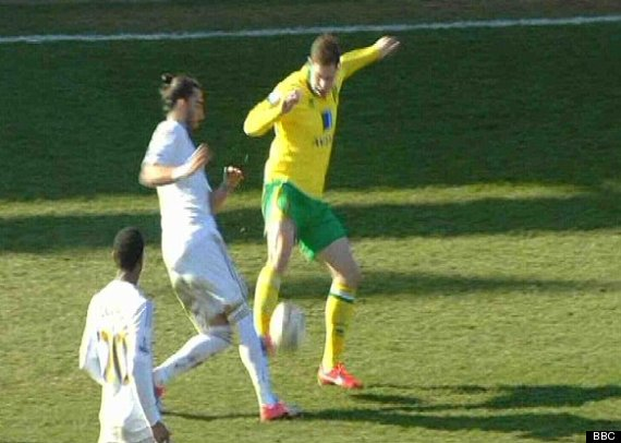 grant holt chico flores tackle