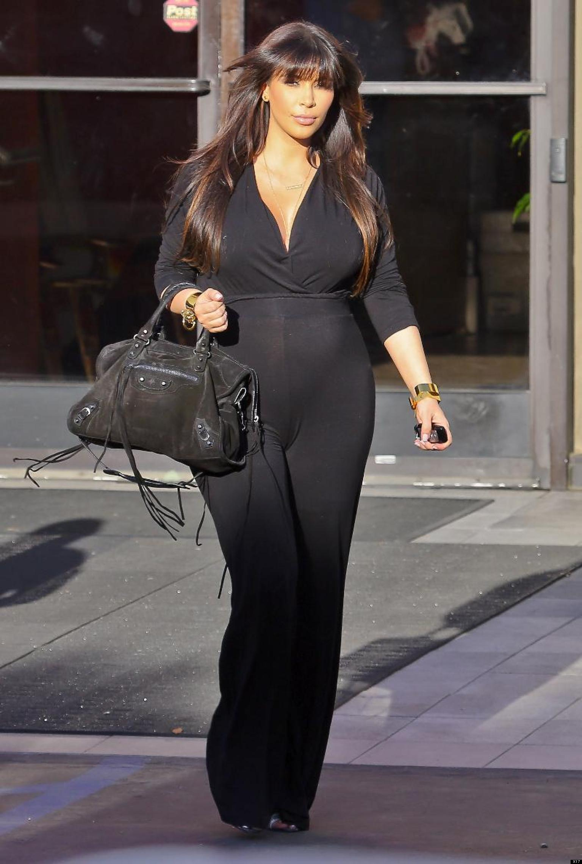 Kim Kardashian Photos Reality Star Flaunts Baby Bump In